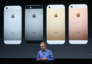 iphone_SE_apple_keynote